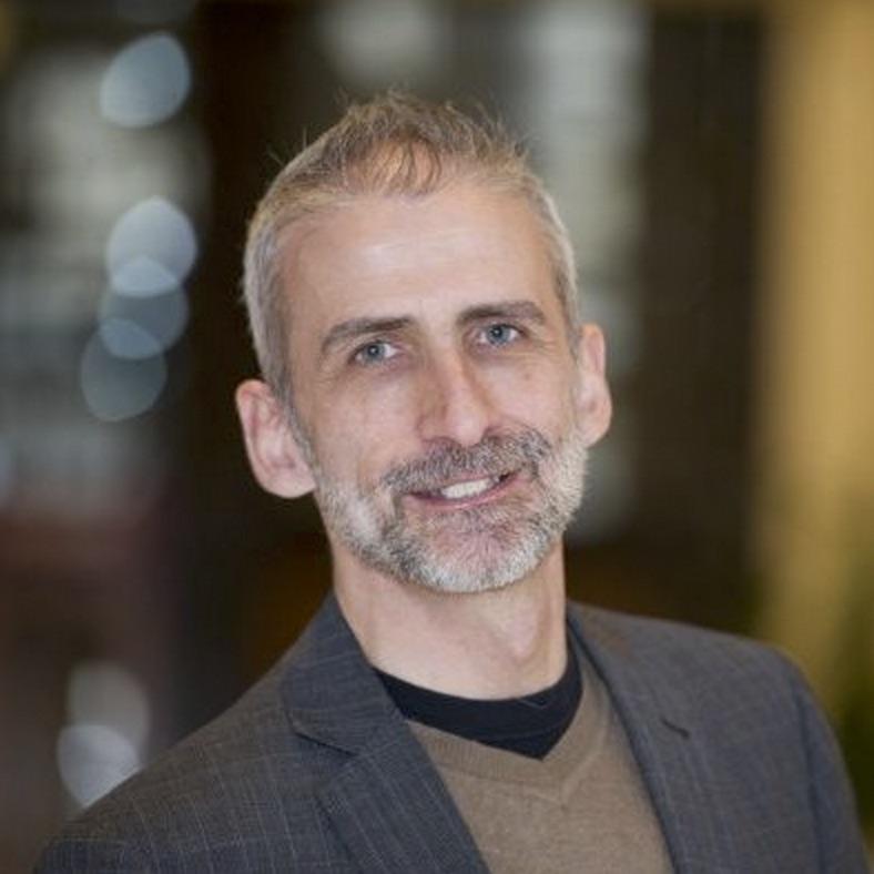 Francis Giguère photo pour sim5 consultant de confiance